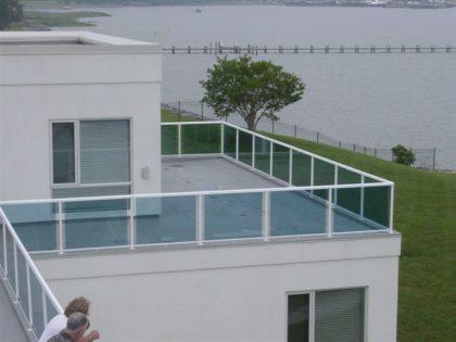 Deck railing in Delaware